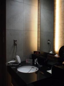 ANAラウンジシャワー洗面台