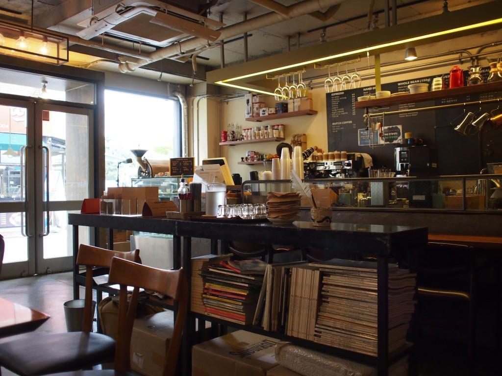 cafe inside店内