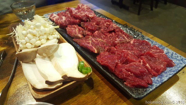 ソウル蚕室焼肉屋「ひばち」