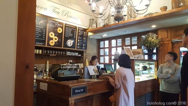 ソウルカンナムの紅茶専門店でお茶+ケーキ