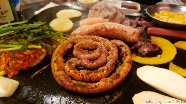 ソウルに韓国旅行で来たら、韓国ホルモン焼き「コプチャン」を食べよう!